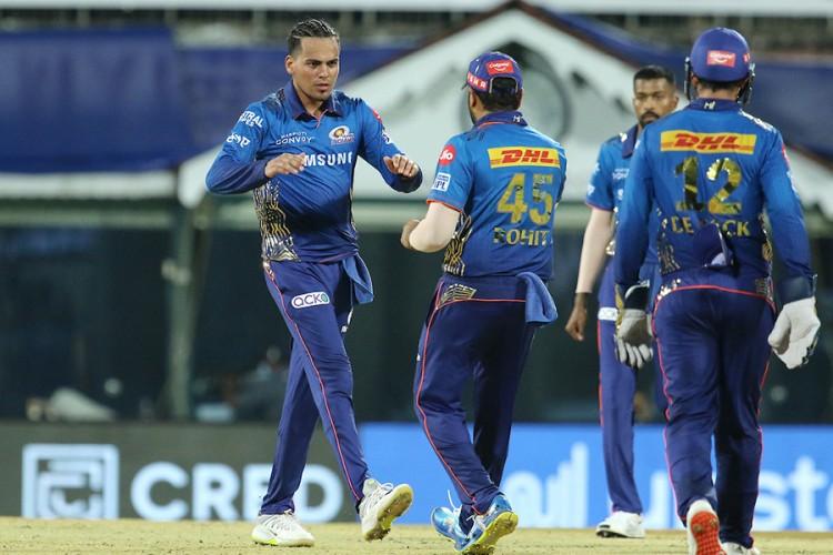 आईपीएलमा मुम्बईले कोलकतालाई हरायो