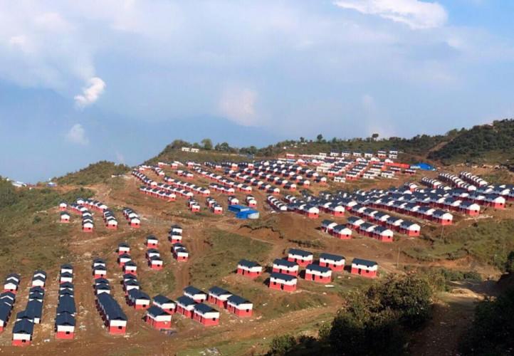 लाप्राकका भूकम्पपीडितलाई एकीकृत नमूना बस्ती हस्तान्तरण